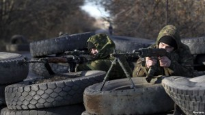Rusia dërgon pajisje të reja ushtarake në Ukrainë