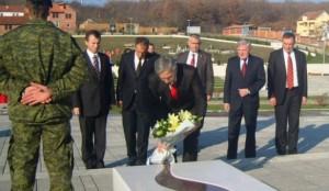 Jakup Krasniqi: Prekazi, vendi më e mirë për t'i nderuar dëshmorët e kombit