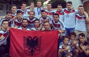 Shkodran Mustafi : Urime 28 Nëntori