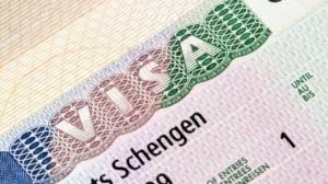 Emigrimi ilegal dhe korrupsioni pengojnë heqjen e vizave