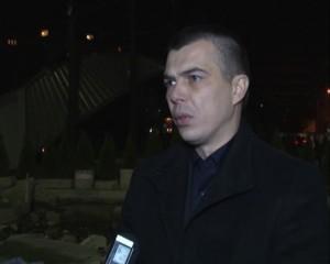 Aleksandar Jabllanoviq mbetet, protesta vazhdon