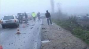 Dy të vdekur, mbi 14 të lënduar në Shkabaj