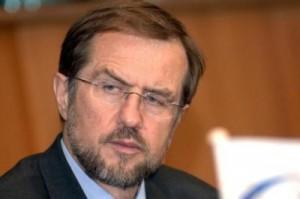 Alojz Peterle apelon për uljen e tensioneve në Maqedoni