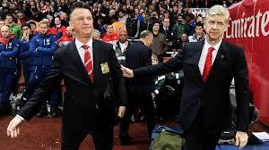 Arsene Wenger e mbron Van Gaalin