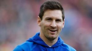 Lionel Messi kërcenon Cristiano Ronaldon