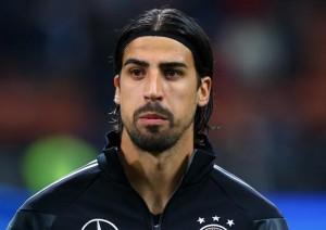 Arsenali dhe Dortmundi shtyhen për Khediran