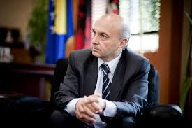 Kabineti Mustafa, pa program qeveritar