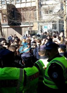 Përfundon protesta e studentëve